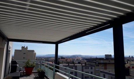 Pose et installation de pergola bioclimatique sur mesure à Clermont-Ferrand