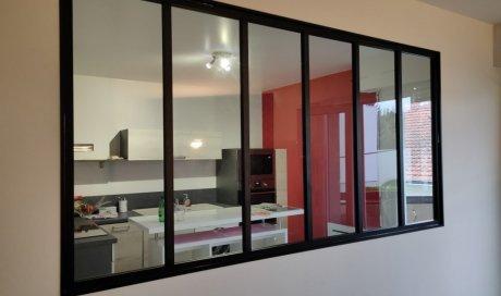 Installation verrière type atelier sur mesure en aluminium noir à Clermont Ferrand