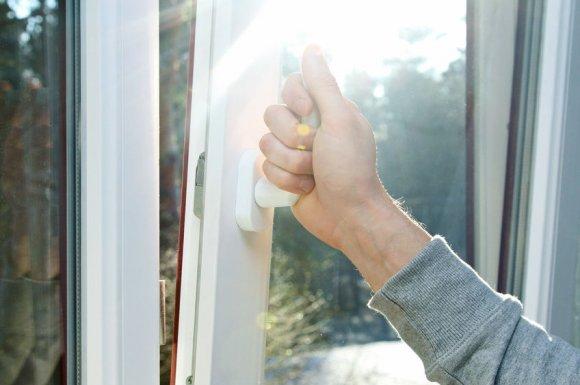 Pose de fenêtre PVC oscillo-battante à Clermont-Ferrand
