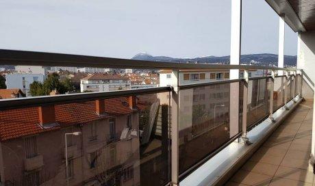 Garde-corps vitré à Clermont-Ferrand