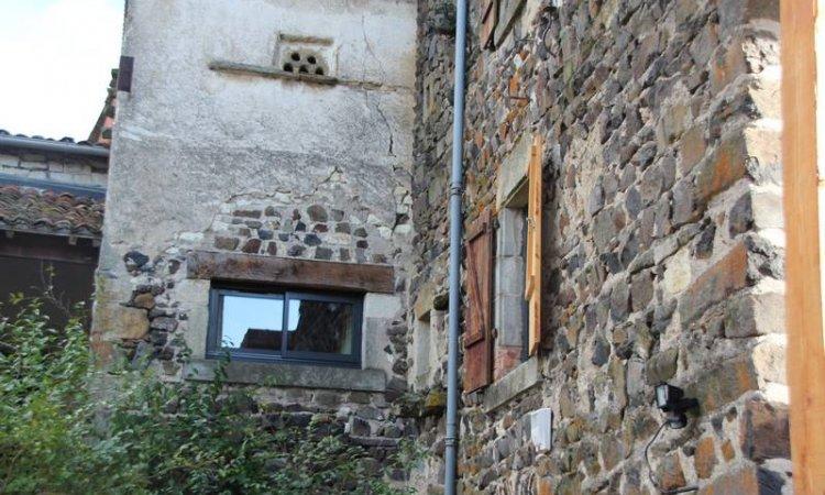 Alu ouvrant caché à Clermont-Ferrand