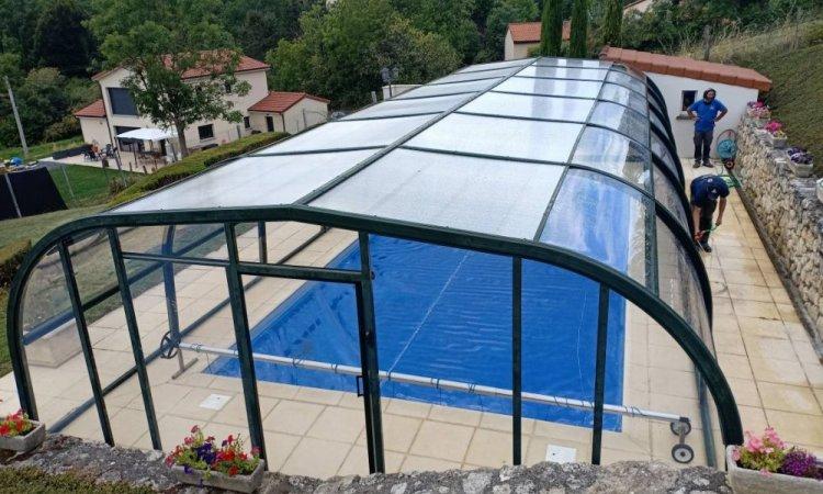 Remplacement de polycarbonate sur abris de piscine à Cournon d'Auvergne